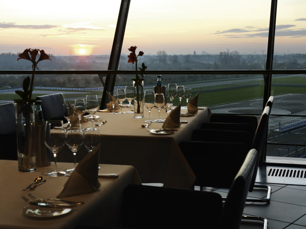 Customer Centre restaurant view at on-road circuit