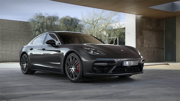 Video_Teaser_Panamera_Turbo_low_res